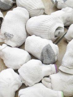 The Golden Gleam: Sock Snowballs - Snow and Ice Theme Christmas Activities, Fun Activities, Kindergarten Christmas, Christmas Games, Winter Activities, Christmas Countdown, Snow Theme, Winter Theme, Winter Fun