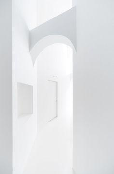 Nadamoto Yukiko Architects- Roji, Japan.