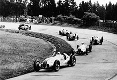 """thesecretring: """"German Grand Prix on the Nürburgring Nordschleife, July Shortly after the start, in the southern hairpin bend, the Mercedes-Benz W 125 formula racing cars of Hermann Lang (start number. Daimler Ag, Daimler Benz, Mercedes Benz, Classic Race Cars, Goodwood Festival Of Speed, Action Photography, Goodwood Revival, Thing 1, Vintage Racing"""