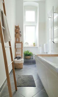 Best ideas for diy bathroom upgrades woods Grey Bathrooms, Beautiful Bathrooms, Modern Bathroom, Small Bathroom, Bathroom Things, Bathroom Ideas, Boho Bathroom, Master Bathroom, Bad Inspiration