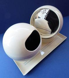 SPACE AGE White Plastic 1960s Vintage Gyro / Revolving Mirror