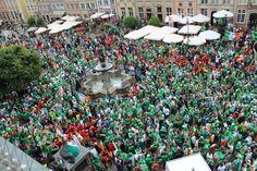Kibice Irlandii i Hiszpanii w Gdańsku - mmtrojmiasto.pl