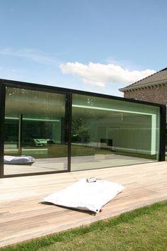 Nice 55 Inspiring Modern Minimalist Home Decor Ideas On A Budget. Minimalist House Design, Minimalist Architecture, Minimalist Home Decor, Minimalist Interior, Modern House Design, Modern Minimalist, Architecture Design, Farnsworth House, Glass Wall Design
