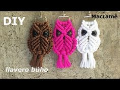 How to make macrame owl wall hanging step-by-step DIY tutorial - part of 2 - Free Online Videos Best Movies TV shows - Faceclips Macrame Owl, Macrame Knots, Micro Macrame, Macrame Bracelets, Half Hitch Knot, Diy Crafts To Do, Crochet Motifs, Macrame Projects, Macrame Patterns