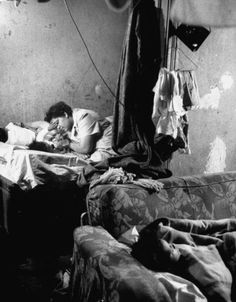 Fritz Goro - Time & Life Pictures/Getty Images. Interior of a house in the Chicago slums, 1954