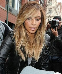 thechicstreetjournal.com - Kim kardashian's Platinum Blonde Hair... The Chic Street Journal