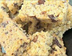 Recette - Barres de céréales maison | 750g Krispie Treats, Rice Krispies, Granola, C'est Bon, Potato Salad, Potatoes, Bread, Vegetables, Ethnic Recipes