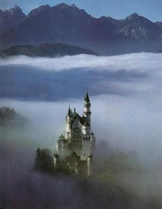 Castillo de Neuschwansten o Nuevo Cisne de Piedra- Garganta del Río Pollat, Alpes Bávaros