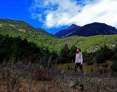 """""""You must go on adventures to find out where you belong."""" Our adventures: www.ikilomalla.fi #travelblog  """"Sinun täytyy lähteä seikkailemaan löytääksesi paikan minne kuulut."""" Meidän seikkailumme: www.ikilomalla.fi #matkablogi ------------------------- #adventure #seikkailu #retkeily #hiking #travel #traveling #outdoor #vaellus #matka #matkailu #kiina #china #yunnan #lijiang #explorechina #landscape #awesome #nature #luonto #quote #nomad #nomadic #lifestyle #quittheratrace #poisoravanpyörästä…"""