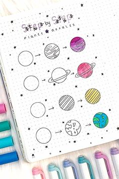 Want to add some decoration to your bullet journal? Whether you're going for a space theme or something completely different, this list of doodles will help you get started! 🌎 doodles Step By Step Bullet Journal Doodle Tutorials Doodle Bullet Journal, Bullet Journal Banner, Doodle Art Journals, Bullet Journal Notebook, Bullet Journal Ideas Pages, Bullet Journal Inspiration, Bullet Journals, Journal Prompts, Bullet Journal Decoration
