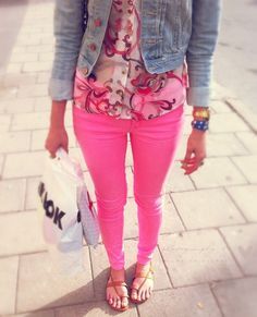 Want pink jeans like these :)