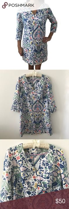 """Boden 100% Linen Floral Tunic Dress A crisp 100% linen dress by Boden of England. Have dreams of Marrakech with this classic tunic dress! Stock up on your floral linens for Spring.  Size 8.  19"""" pit to pit (laying flat).  34"""" length.  Has a side zipper down the left side of the dress for easy fit. Boden Dresses Midi"""