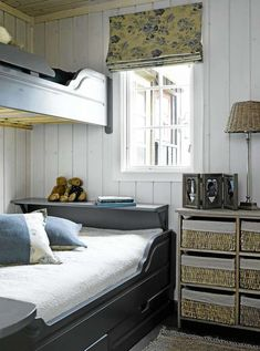 Soverom på hytta hans i Hemsedal - Lilly is Love Built In Bed, Pretty Bedroom, Compact Living, Am Meer, Modern Kitchen Design, Beautiful Bedrooms, Bedroom Decor, Interior Design, Furniture