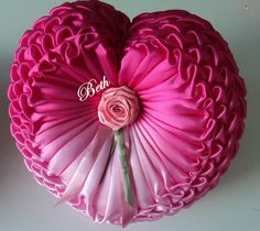 Cómo coser una almohada a corazón con hojaldre. Clase magistral. Comentarios: LiveInternet - Russian Servicio Diarios Online