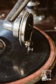 Stock photo of Old vintage gramophone by pixelstories Musik Wallpaper, Mobile Wallpaper, Retro Wallpaper, Music Aesthetic, Aesthetic Vintage, Brown Aesthetic, Aesthetic Collage, Vintage Vibes, Retro Vintage