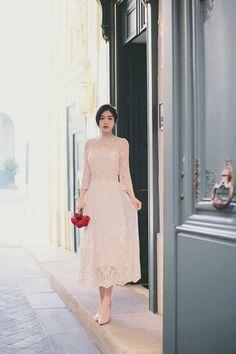 daily 2018 feminine& classy look Asian Style Dress, Korean Dress, Korean Outfits, Grad Dresses Long, Cute Dresses, Beautiful Dresses, Classy Dress, Classy Outfits, Japanese Fashion