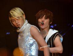 Ren and Minhyun - Nu'est - Shout Awards (Malaysia) Showcase