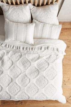 Peonia Coverlet - sometimes simple is best!