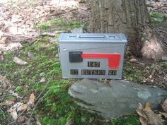 Mailbox ammo can geocache container