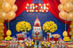 Inspire your Party ® Kids Birthday Themes, Carnival Birthday Parties, Birthday Table, Circus Birthday, Birthday Decorations, Carnival Cakes, Carnival Themes, Circus Theme Party, Party Themes