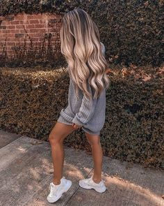 Shop our online store for Brown hair wigs for women.Brown Wig Lace Frontal Hair Lace Front Ponytail Wig With Bangs From Our Wigs Shops,Buy The Wig Now With Big Discount. Blonde Hair Looks, Brown Blonde Hair, Blonde Wig, Frontal Hairstyles, Wig Hairstyles, Ponytail Wig, Blonde Ponytail, Real Hair Wigs, Tumbrl Girls
