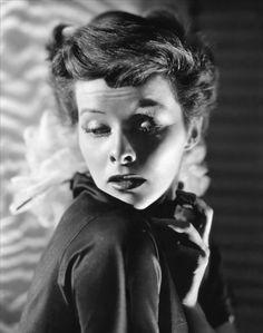 Ernest Bachrach, Portrait de Katharine Hepburn dans Sylvia Scarlett réalisé par George Cukor, 1935.