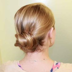 I like knowing that the state of my hair doesn't reflect the constant internal tizzy that is my work week. That's why I have these reliable go-to styles that are perfect for when I'm running late and sucking at life.