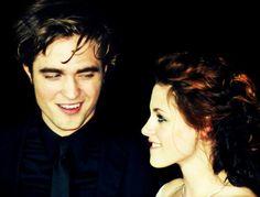 Rob & Kristen at the Twilight premiere in LA! #TwilightForever