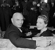 Austria: Ready to start work on a new movie, screen stars Yul Brynner and Deborah Kerr offer pleasing smiles while attending a press conference in Vienna. The new movie, to be called The Journey,. Hollywood Walk Of Fame, Hollywood Actor, Golden Age Of Hollywood, Vintage Hollywood, Classic Hollywood, Hollywood Glamour, Deborah Kerr, Yul Brynner, Por Tras Das Cameras