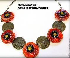 Купить Колье маки цветут, фьюзинг, стекло, украшение, подарок - ярко-красный, маковый
