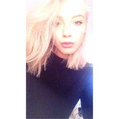 See this Instagram photo by @loz_pack • 282 likes  Rocking her bleached locks using Olaplex @tinamorganhair ❤ ❤ ❤