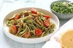 Pesto pasta  proberen. Deze variant is met spinazie en amandelen,