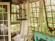 Overlook your garden from a tree house sun room --> http://www.hgtvgardens.com/photos/decorating-photos/the-high-life-a-charming-city-treehouse#?soc=pinterest