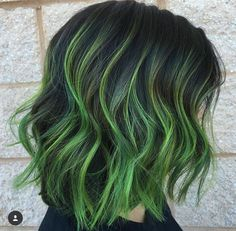 82 Unique Hair Color Ideas For Winter and Spring Dark green hair color streaks highlights Green Hair Streaks, Dark Green Hair, Green Hair Colors, Colored Streaks In Hair, Short Green Hair, Coloured Hair, Ombre Hair Color, Cool Hair Color, Ombre Green