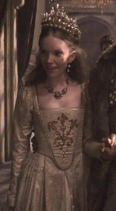 Katherine Howard wedding gown