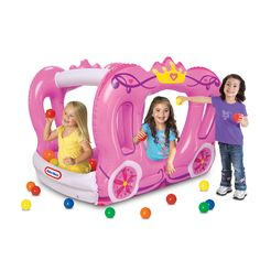 Your little princess will love making all of her dreams comes to life with the Little Tikes Enchanted Princess Carriage which offers a safe place for her and her friends to play in, in and outdoors. L