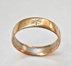 Goldtone Wedding Band Ring Atomic Gold Mens Jewelry Size 10.75 Ring Base Metal Brass Patina Embossed Boho Ring Vintage Jewelry Antique by TheJewelryChain on Etsy