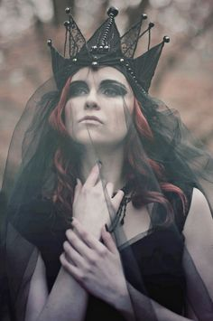 Black Crown and Veil Dark Beauty, Gothic Beauty, Headdress, Headpiece, The Shadow Queen, Crown Makeup, Gothic Fantasy Art, Dark Queen, Fantasy Portraits