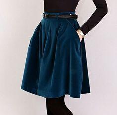 Заказать юбку бархатную на сайте дизайнера IrinaGruntovskaya.com Королевский бархат, европейский стиль, ткани Италия.