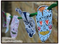The boys got busy - Day of The Dead skull bunting FREE printable