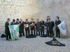 Tuna apresentando-se em Óbidos - Portugal
