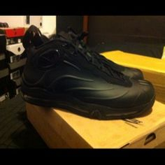 3a122c2a596 Total Air Foamposite Max- need these in silver