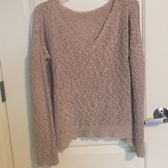 Carmen Sweater Beandy Melvillr it's a light cream/pink colour, no flaws, adorable with anything, I'm open to offers but no lowballs because idk if I wanna sell. no trades one size. don't offer me like half of what I'm asking for. Brandy Melville Sweaters Crew & Scoop Necks