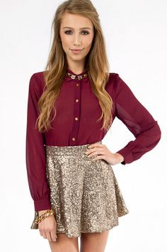 Sequin Skater Skirt in Gold Metallic Holiday Christmas Style Holiday Fashion, Holiday Outfits, Autumn Winter Fashion, Winter Outfits, Style Work, My Style, All About Fashion, Passion For Fashion, Skirt Outfits