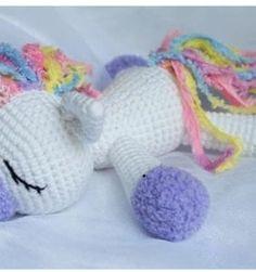 Mesmerizing Crochet an Amigurumi Rabbit Ideas. Lovely Crochet an Amigurumi Rabbit Ideas. Crochet Gratis, Crochet Patterns Amigurumi, Cute Crochet, Crochet For Kids, Crochet Dolls, Crochet Baby, Knit Crochet, Crochet Unicorn Pattern Free, Amigurumi Doll