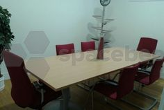 Sala para 8 personas en Majadahonda