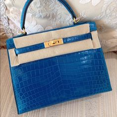 6af41d60af0a Hermes Bags - Hermes Kelly 25cm Shiny Nilo Croc 7W