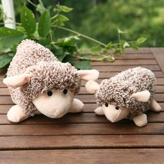 Cute Sheep Flage Pet Dog Plush Toy Squeaker Sound Puppy Chews Training Toys -- BuyinCoins.com