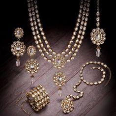 Gorgeous kundan-style set via Asian Wedding Ideas blog.