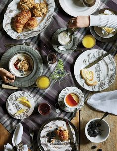 Get Complimentary Shipping with Juliska. We offer functional & beautiful artisanal glassware, tableware, lighting and home décor inspired by the art of living well. Bering, Country Estate, Art Of Living, Dinnerware, Artisan, Tableware, Autumnal, Tabletop, Cozy